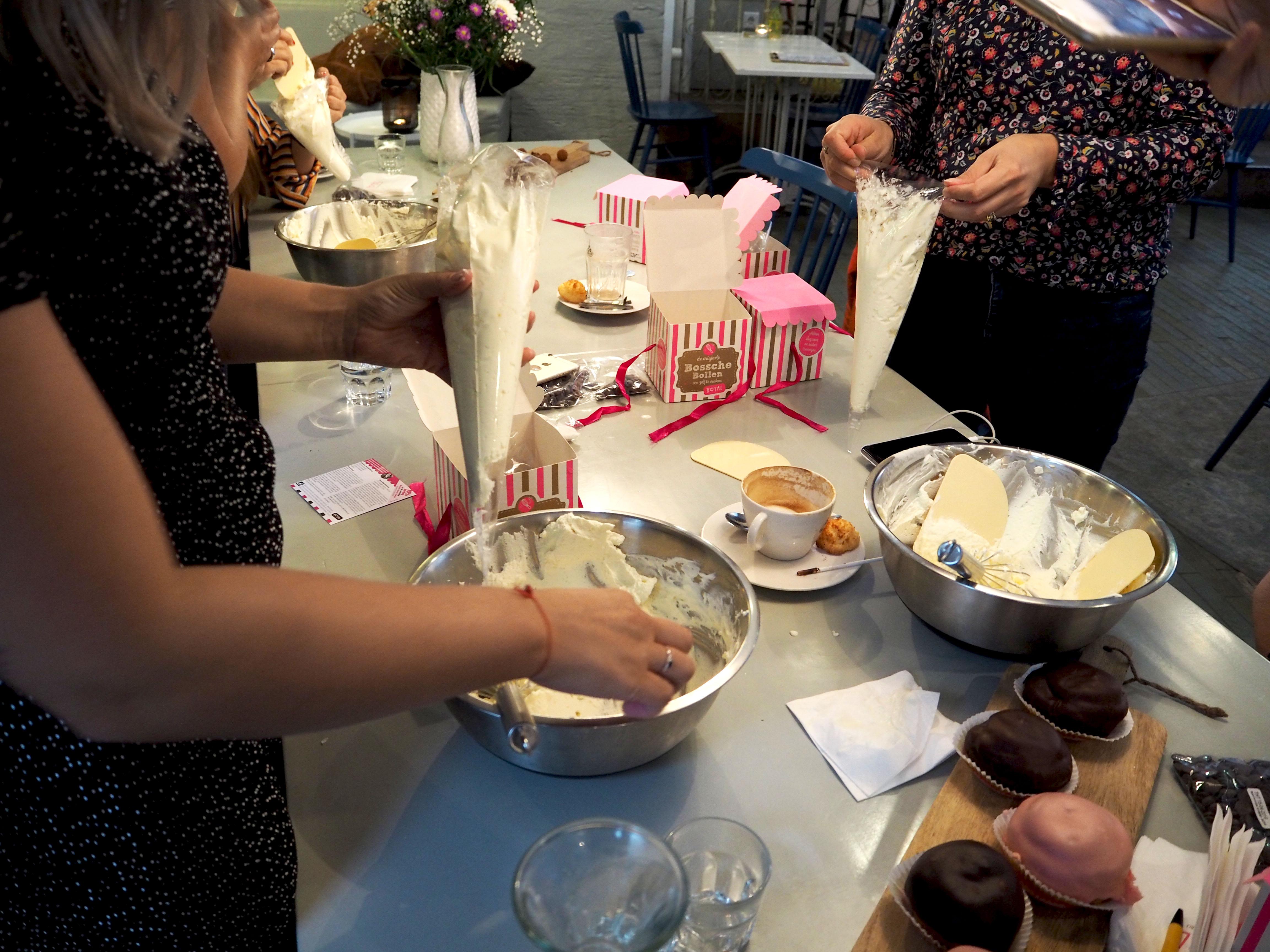 sjeklade bollen workshop bij bakkerij royal