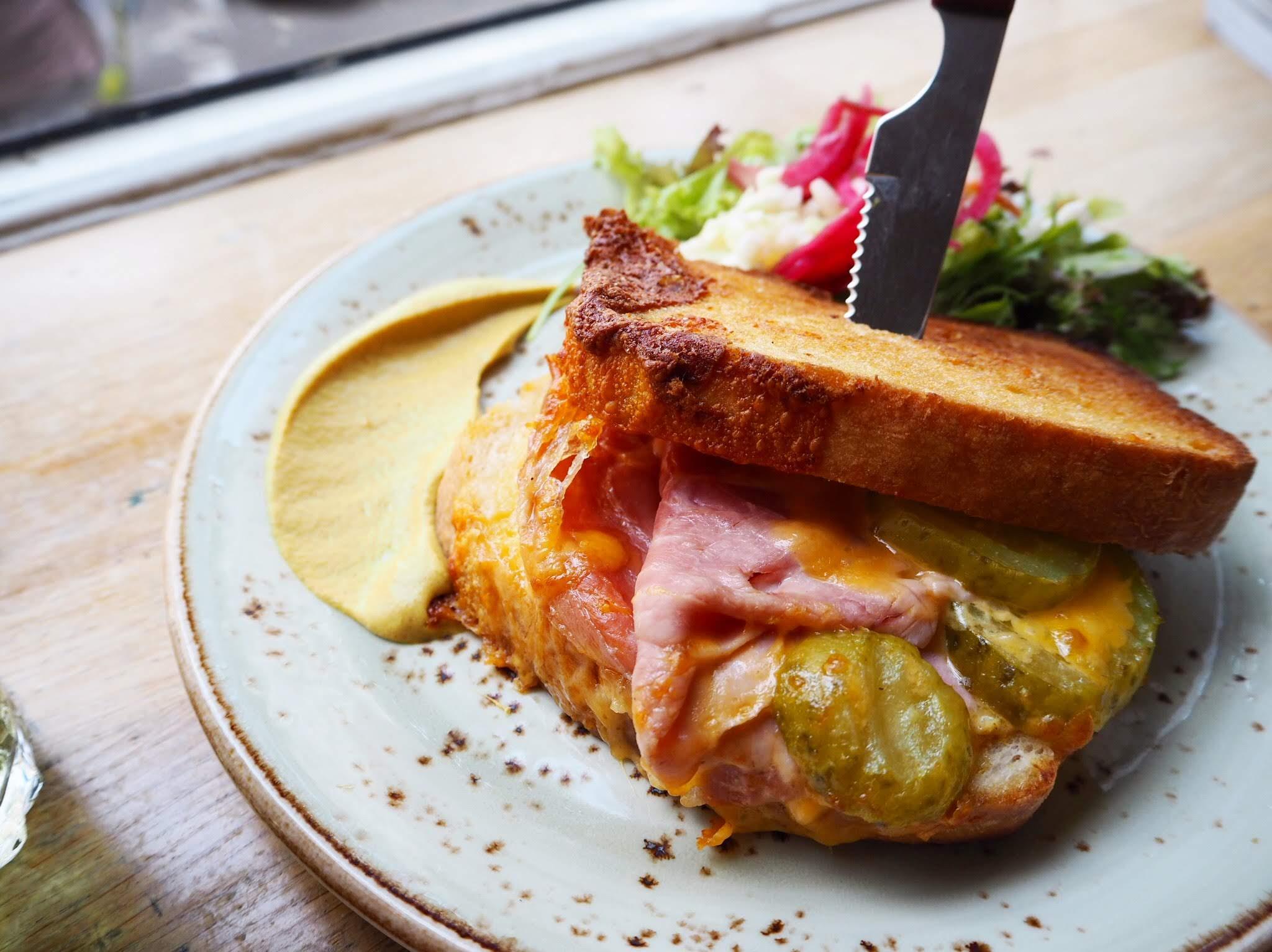 NomNom cubanos sandwich den bosch