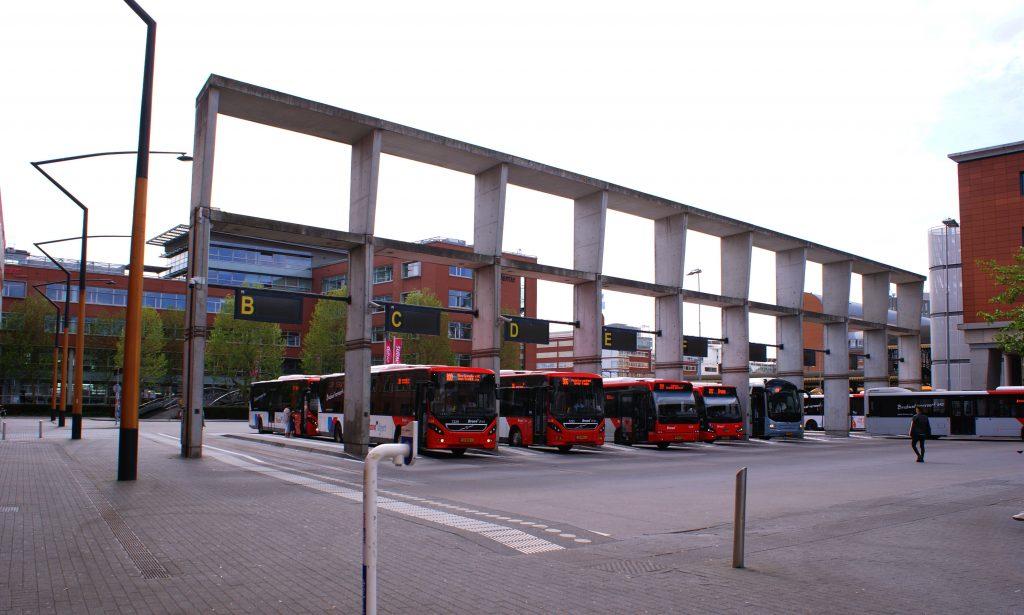 BUSSTATION DEN BOSCH openbaar vervoer