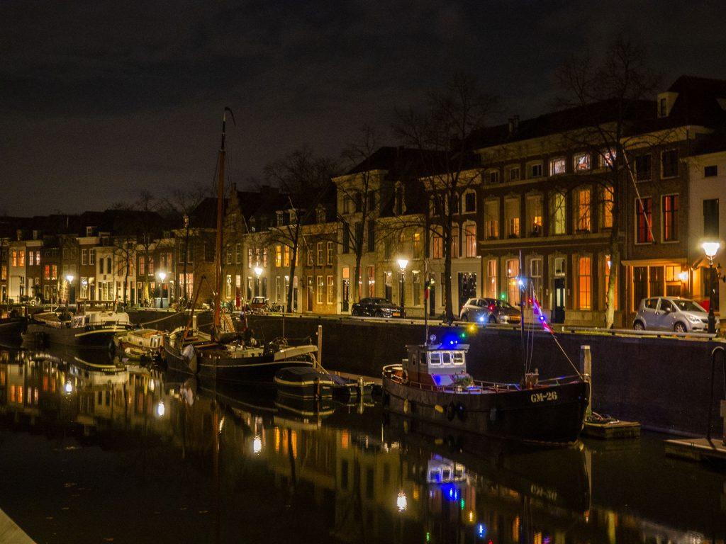 GM-26 B&B: Bijzonder overnachten op het water in Den Bosch