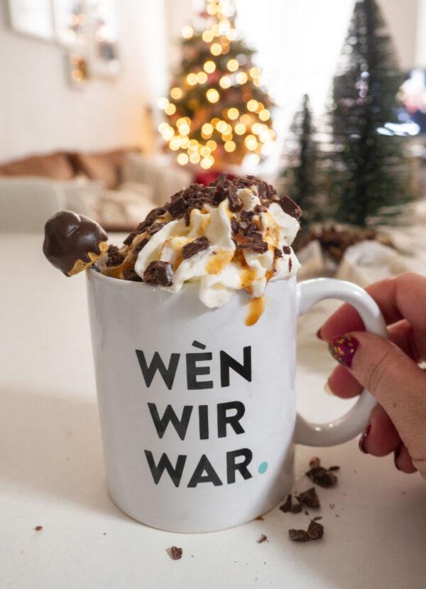 Warme chocolademelk deluxe met koffie en amaretto