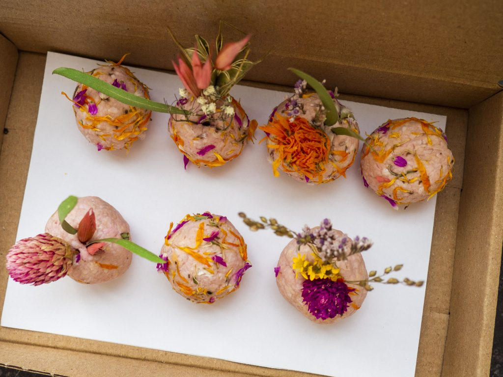 flowerbombs maken online workshop werk aan de winkel